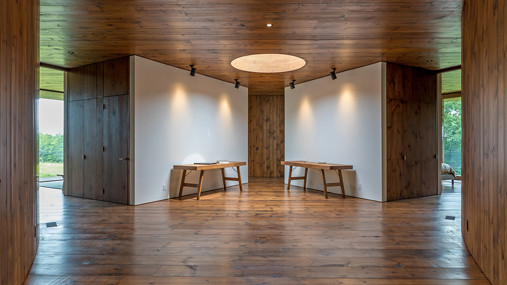 The interior of the Guest House Tsai Residence