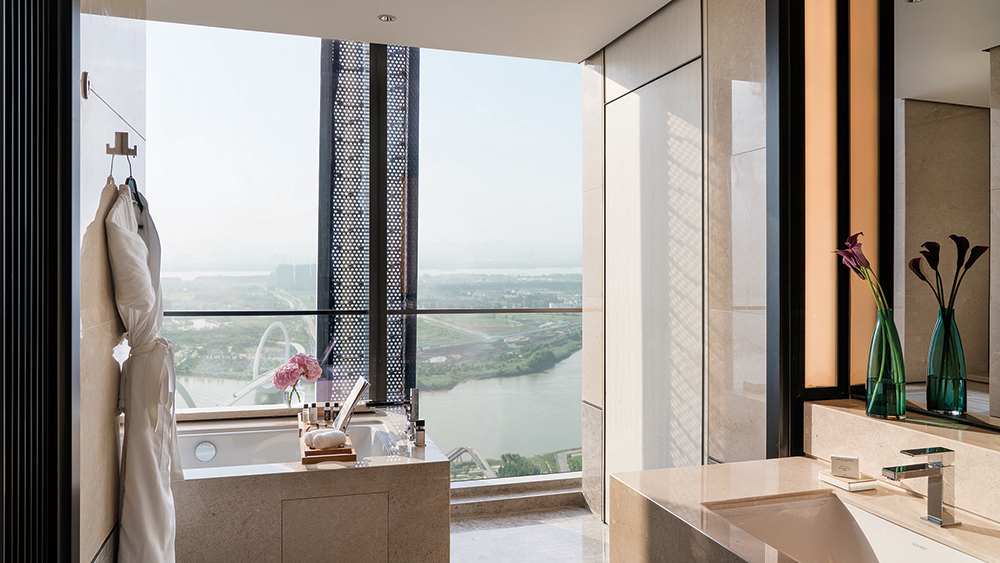 The bathroom in the Grand Deluxe Room at Jumeirah Nanjing in China