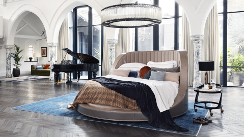 Savoir's rotating Three Sixty bed