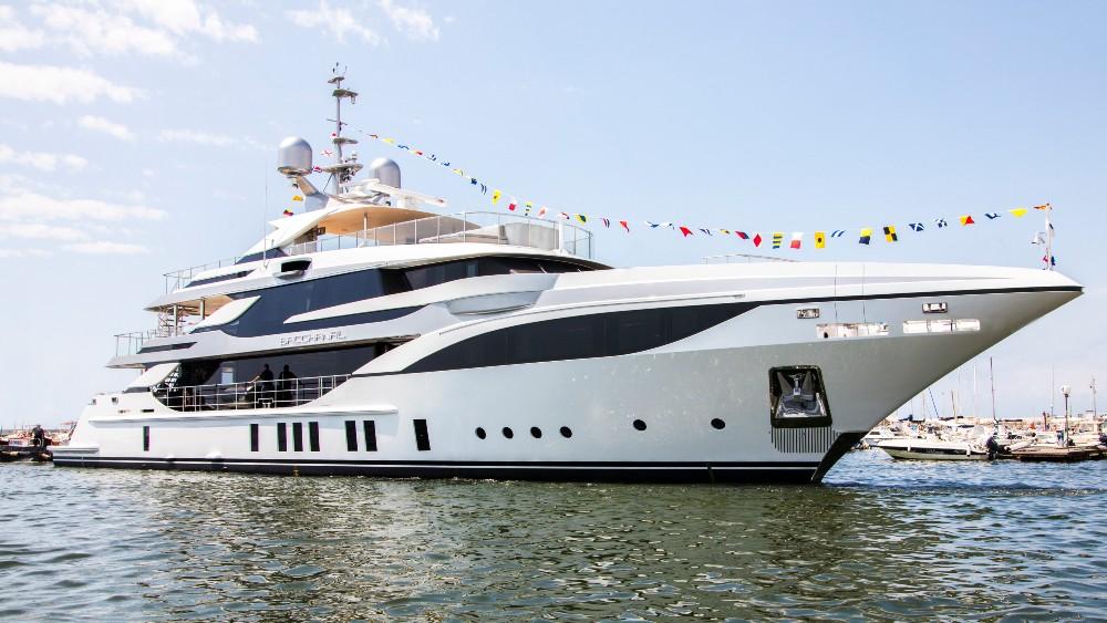 The Benetti FB703 megayacht
