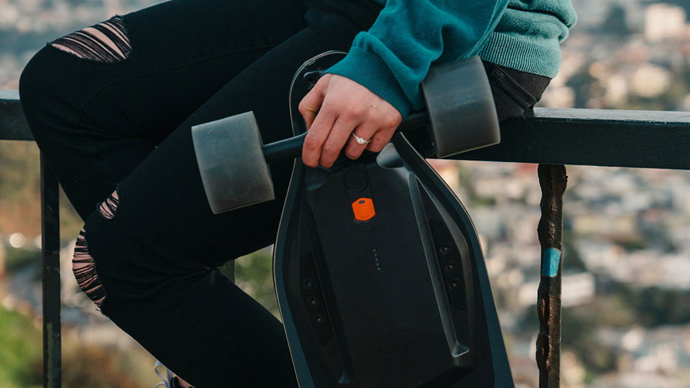 Boosted Boards Stealth