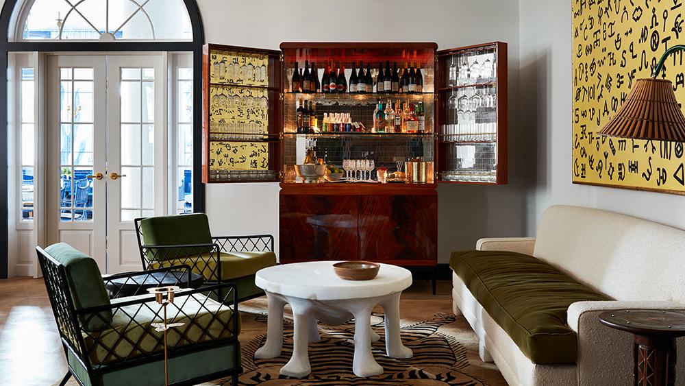 Guest Lounge at New Orlean's Maison de la Luz