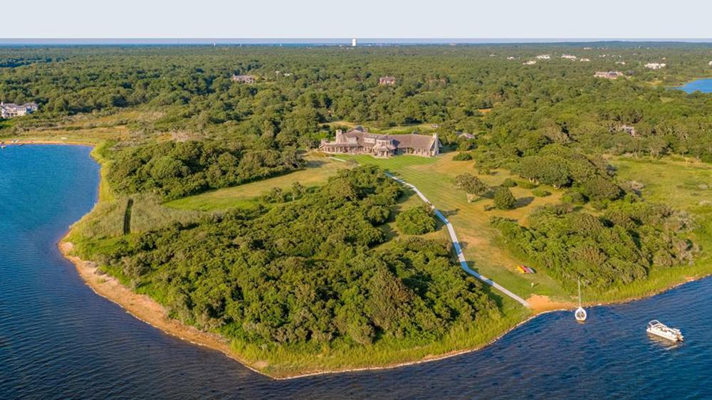 The Obamas' new Martha's Vineyard estate