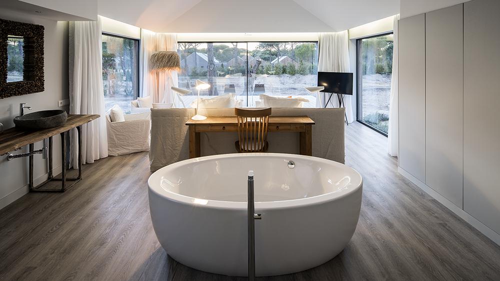 Four-bedroom villa Master Suite at Sublime Comporta