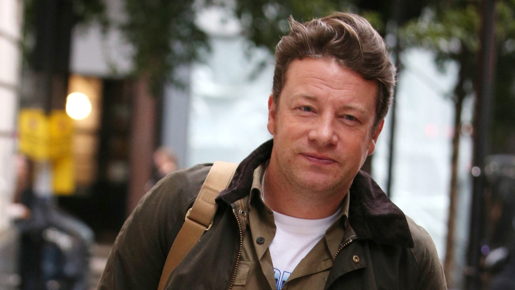 Jamie Oliver arriving at BBC Radio 2Jamie Oliver out and about, London, UK - 26 Sep 2019