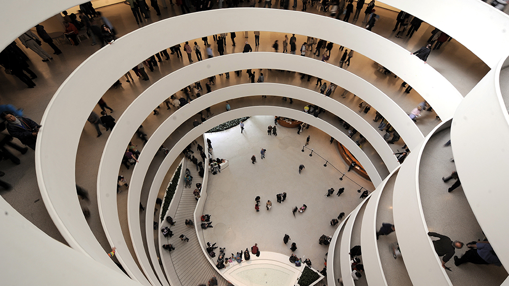 Visitors Walk the Spiral Galleries at the Guggenheim Museum in New York New York Usa On 21 October 2009 Today Marks the 50 Anniverary of the Opening of the Guggenheim Museum Which Opened Its Doors to the Public For Free As a Way to Mark the OccassionUsa Guggenheim Museum 50th Anniversary - Oct 2009