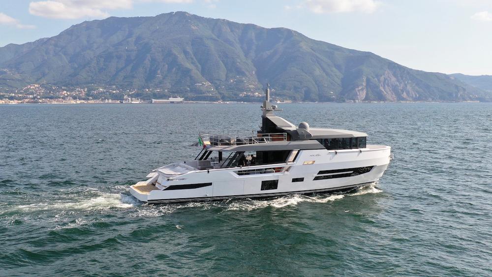 Italian Shipyard Arcadia Yachts Sherpa XL Cannes Yachting Festival