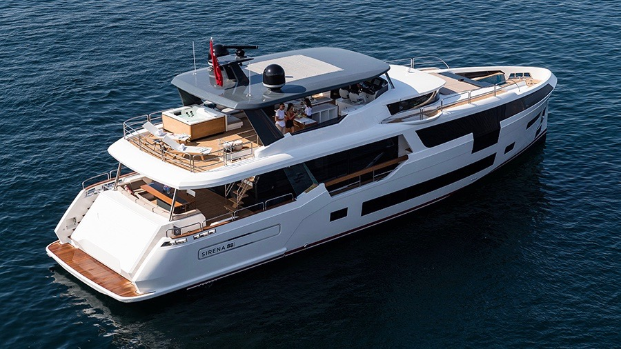 Sirena 88 yacht Cannes Yachting Festival