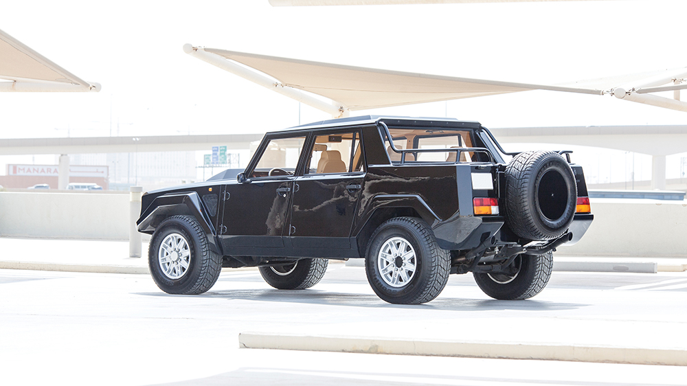 1990 Lamborghini LM002
