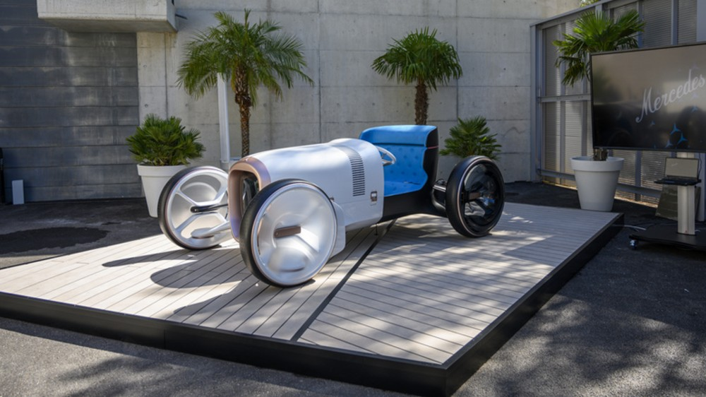 The Mercedes-Benz Vision Mercedes Simplex concept