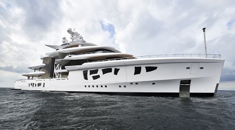 Nobiskrug, Artefact: 262-foot motor yacht
