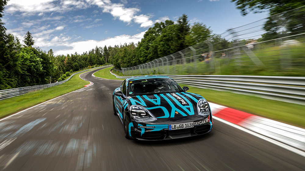 The record-setting Porsche Taycan Turbo speeds around the Nürburgring-Nordschleife
