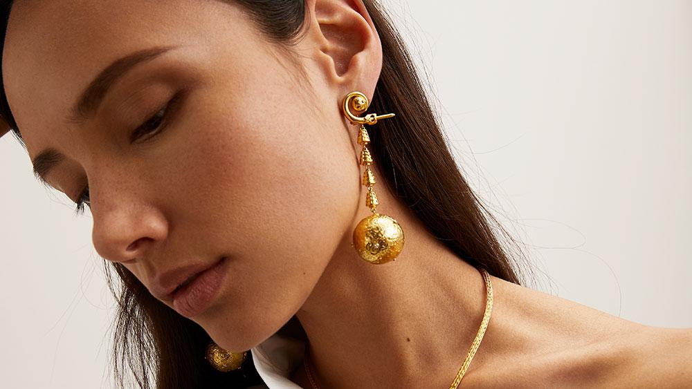 Apollo drop earrings.
