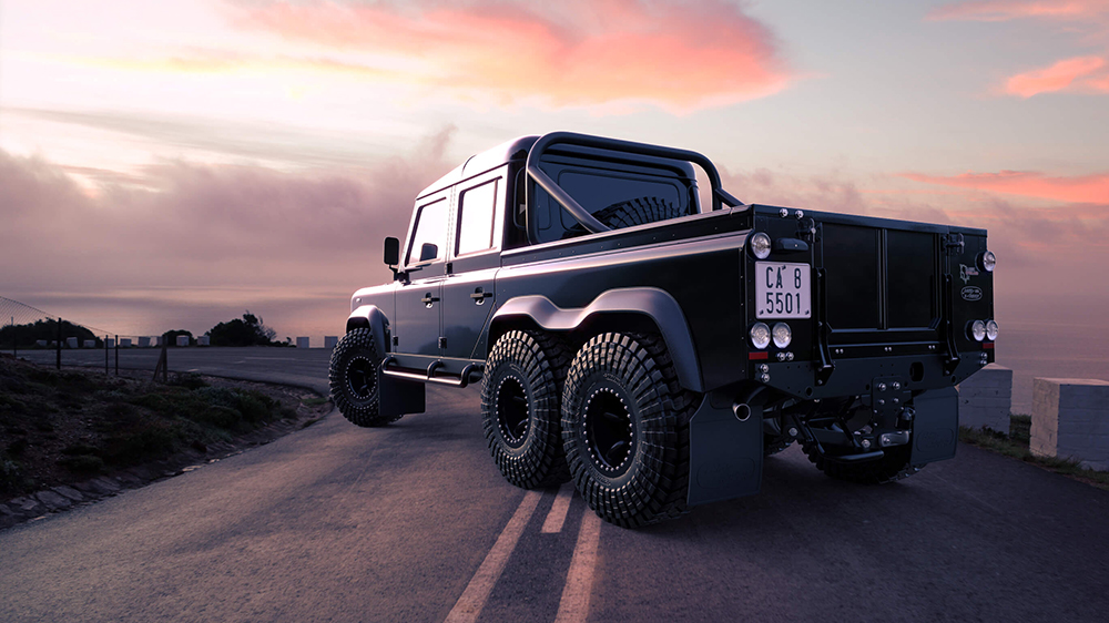 """Classic Overland's Land Rover """"Project Black Mamba"""" Defender 110"""