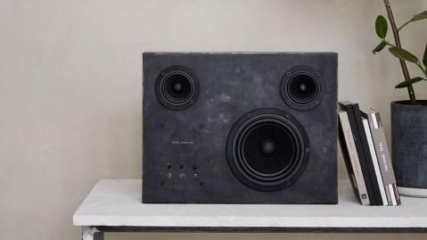 Transparent Sound Steel Speaker