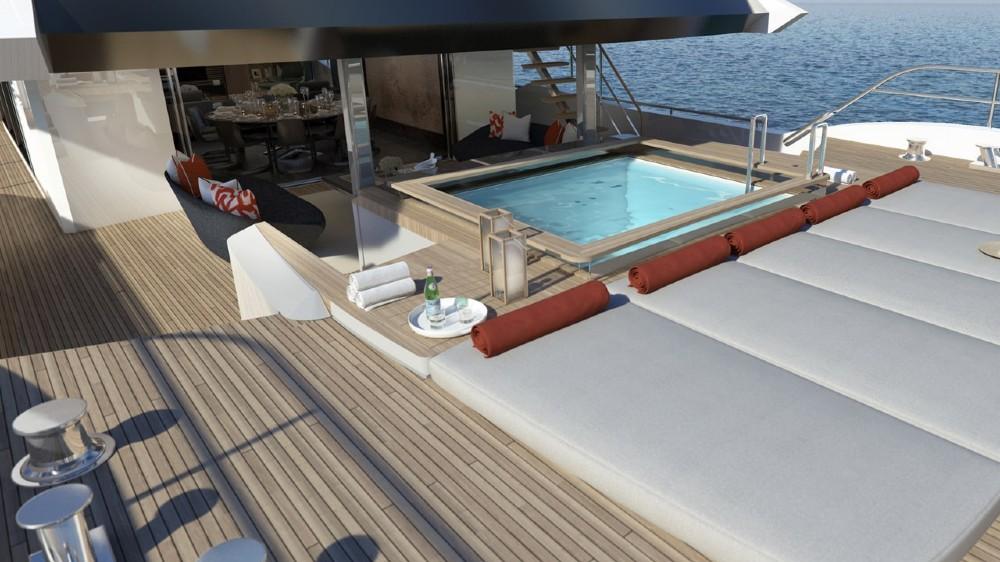 The Sunseeker 161's pool deck