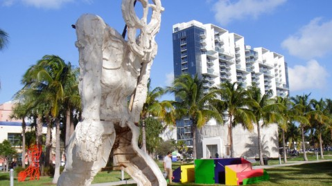 Bass Museum Lawn W Hotel South Beach