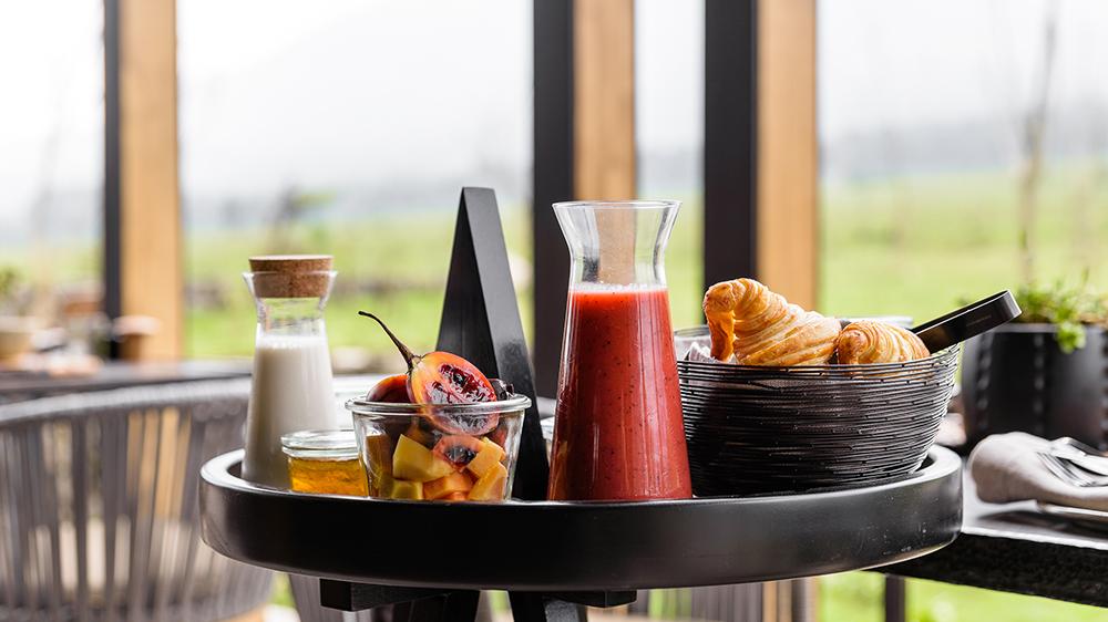 Breakfast at Singita Kwitonda