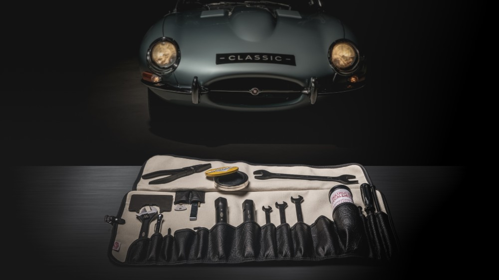 The reproduction Jaguar E-Type toolkit