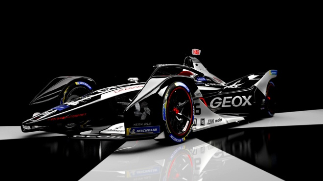 Formula E's Geox Dragon racing team debuts new livery for sixth season.