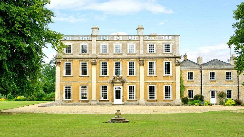 Hinwick House