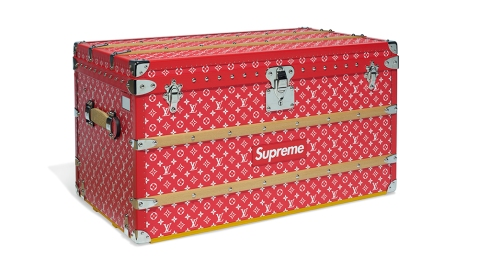 Supreme X Louis Vuitton Monogram Malle Courrier 90 Trunk