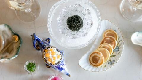 bump bar caviar blinis