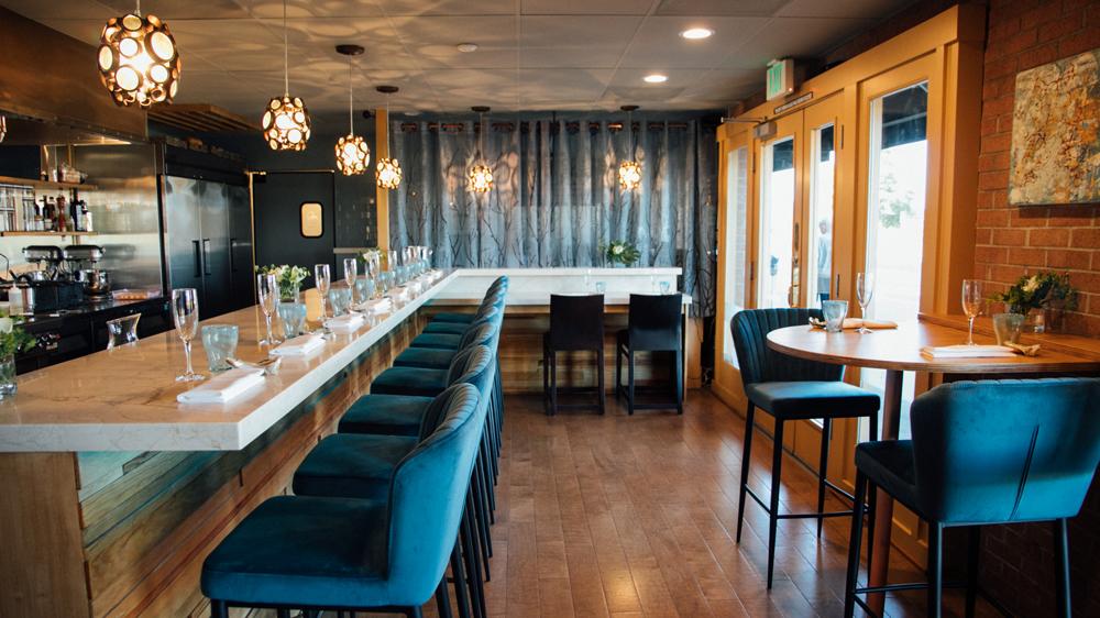 bump bar sausalito dining room