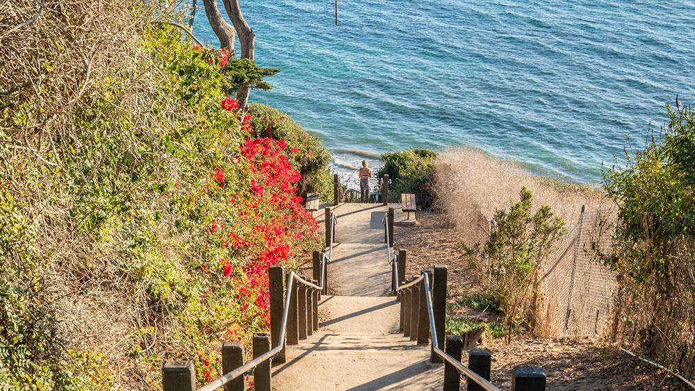 Mike Love/Beach Boy estate in Santa Barbara