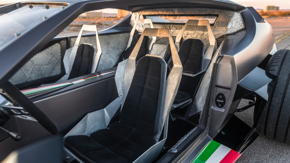 Danton Art Kustoms' 1968 Lamborghini Espada CHD Edition