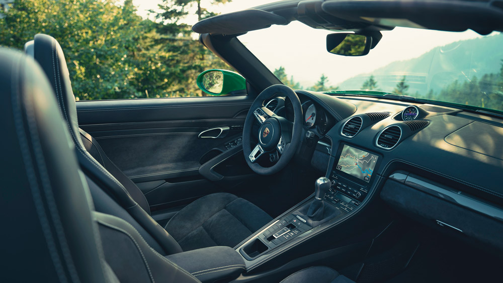 The interior of the Porsche 718 Boxster GTS 4.0.