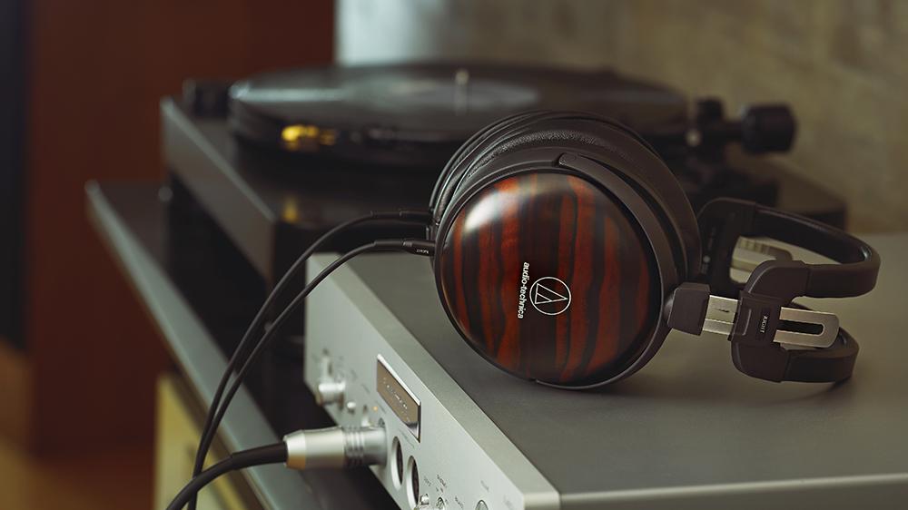 Audio-Technica ATH-AWKT Headphones