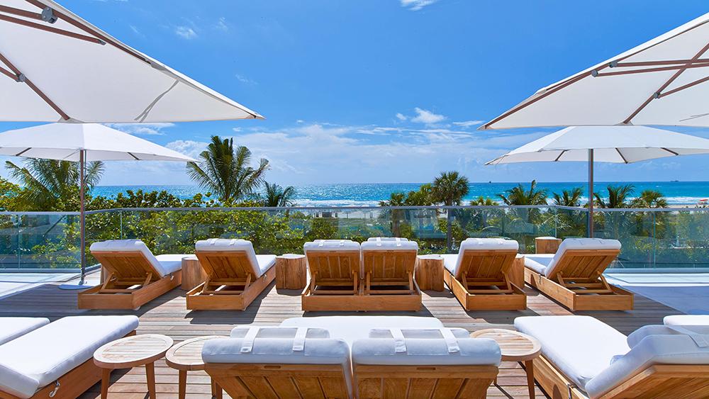 1 Hotel Miami pool