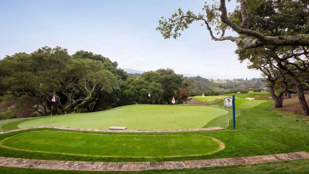 Golf, California, Mansion