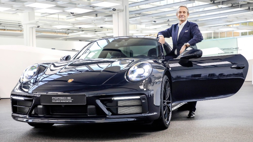 "Jacky Ickx and the Porsche 911 Carrera 4S ""Belgian Legend Edition"""