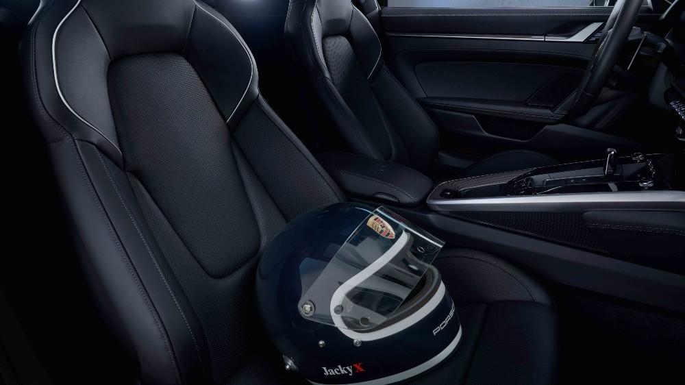 "Inside the 911 Carrera 4S ""Belgian Legend Edition"""