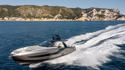 With quad 450-hp Mercury Racing outboards, the Verve 47 is unlike any other Azimut.