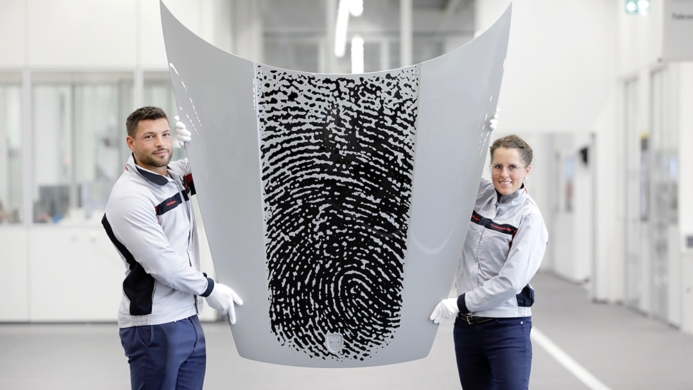 A closer look at the results of Porsche's new direct printing technology.