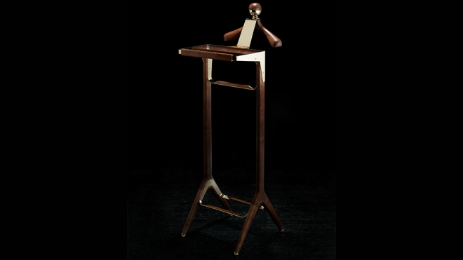 Honorific London's Classical Valet Stand