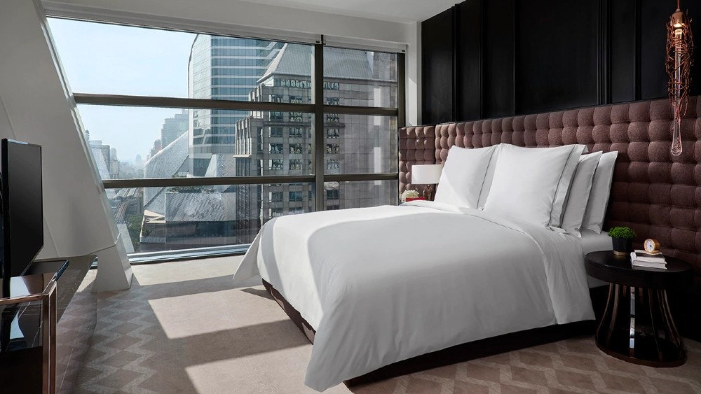 Rosewood Bangkok suites