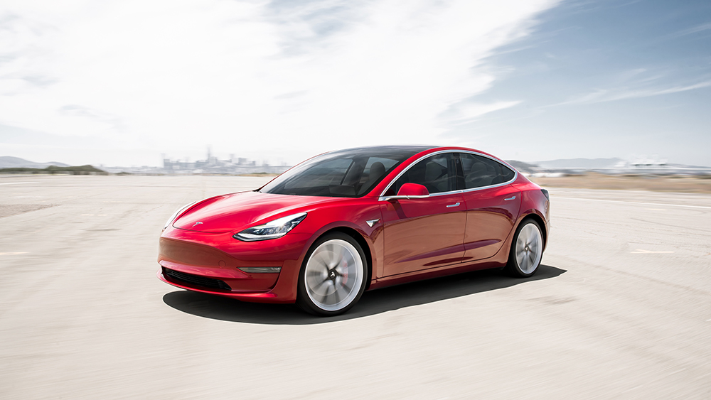 Tesla S Newest Model S Boasts A Category Leading 390 Mile Range Robb Report