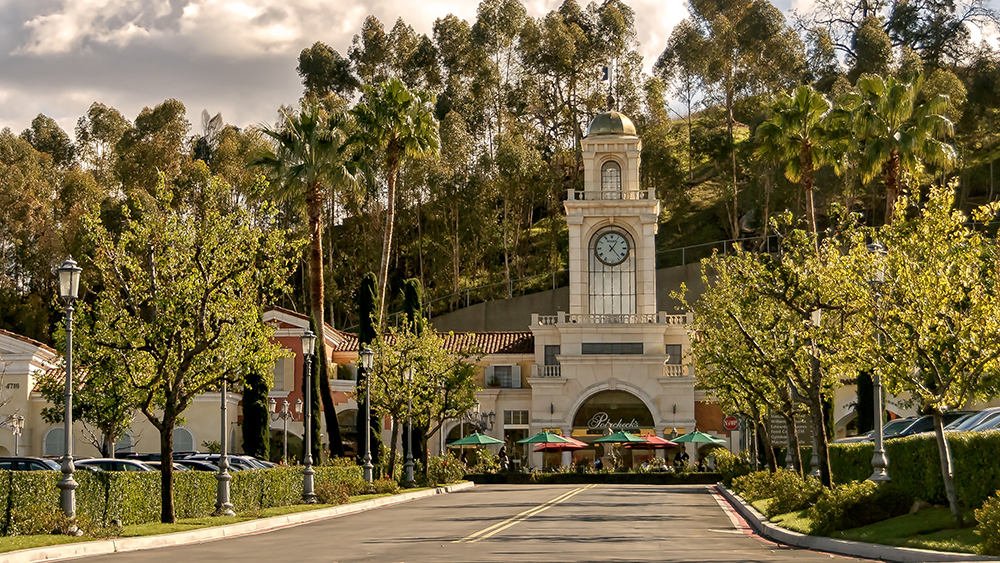 Entrance to the Commons, an upscale outdoor shopping mall in Calabasas.