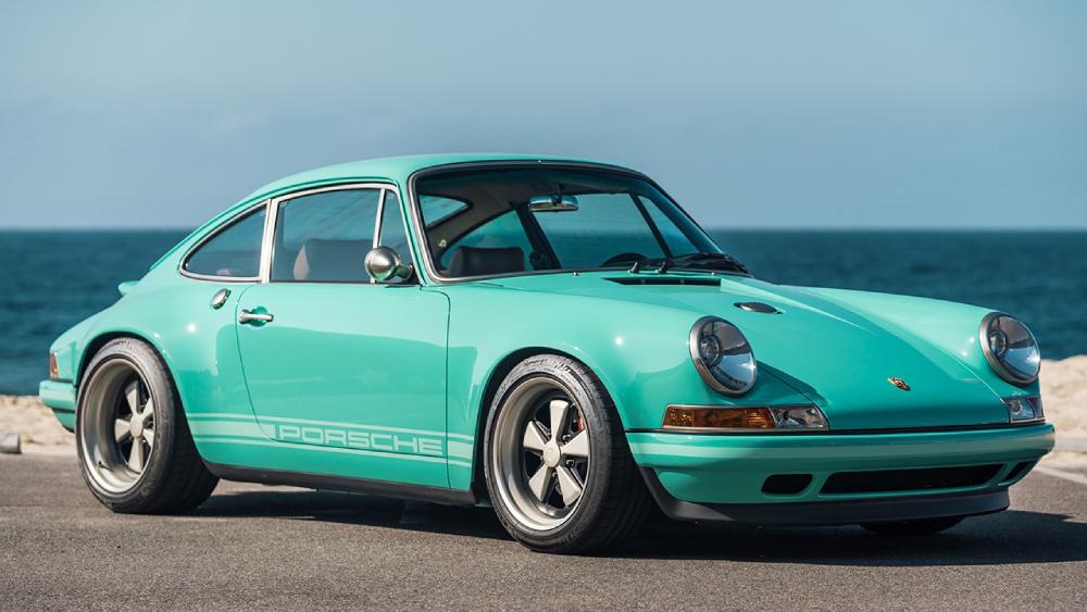 Porsche 911 Malibu Sing Vehicle Design