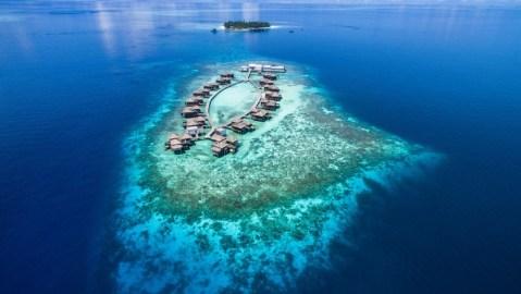 Raffles Maldives private island