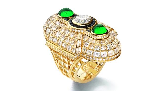 Chaumet Oriane Ring in Emerald and Diamonds