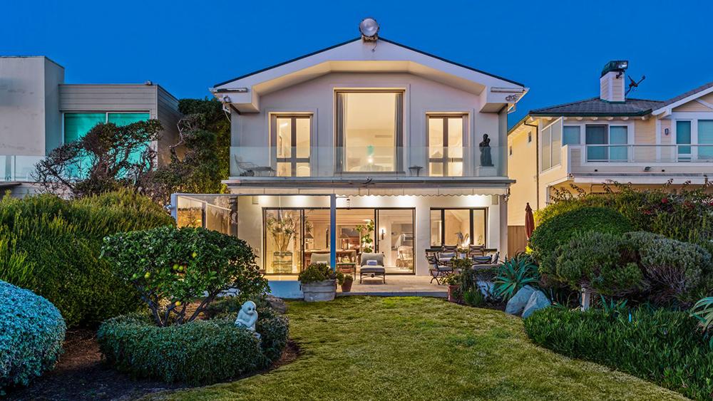 Mindy Kaling's Malibu Beach House
