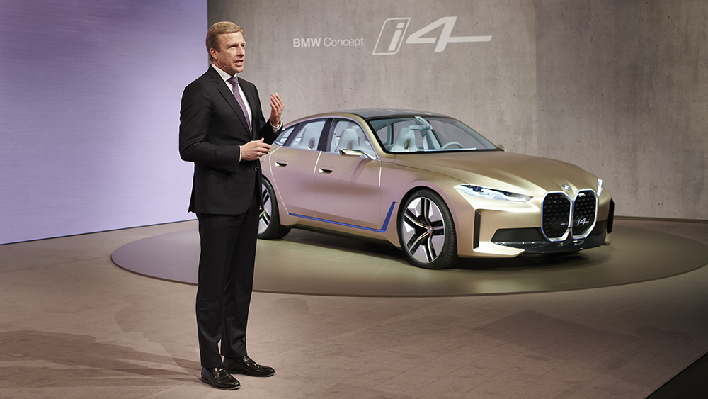 Chairman of the Board of Management of BMW AG, Oliver Zipse and the i4