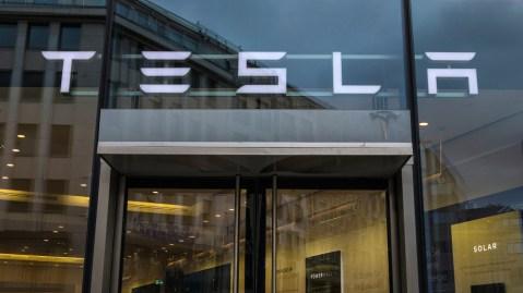Tesla beats Boeing