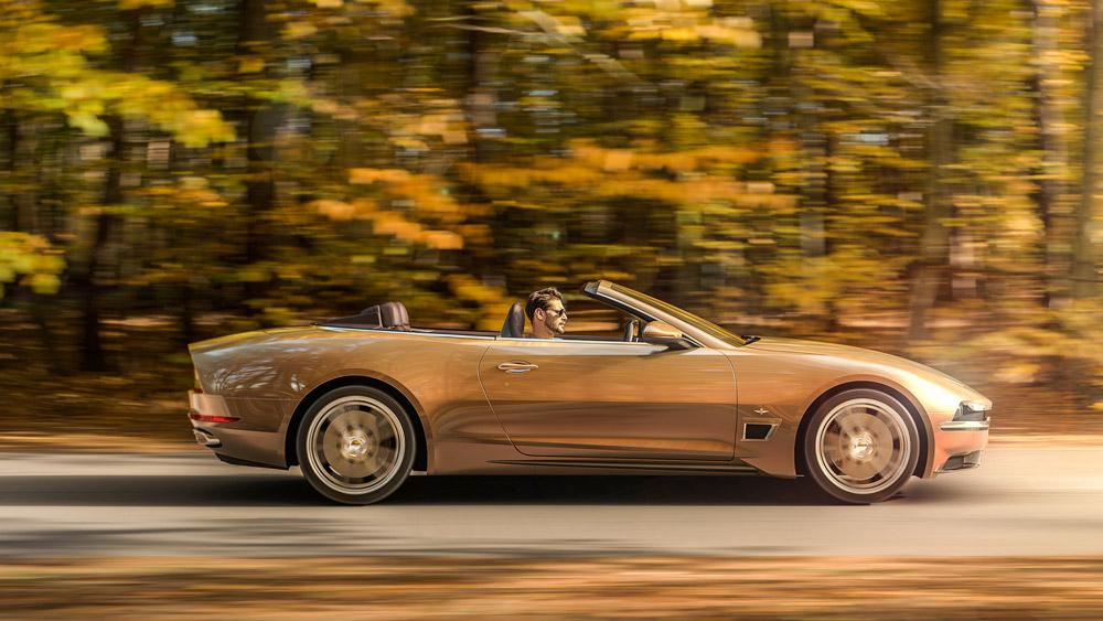 Touring Superleggera's Sciàdipersia cabriolet.