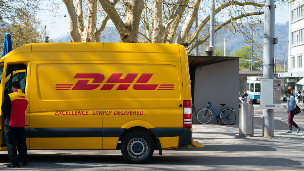 dhl delivery truck